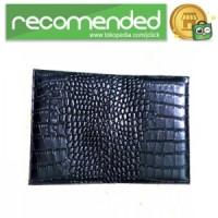 Cover Passport Crocodile - Hitam