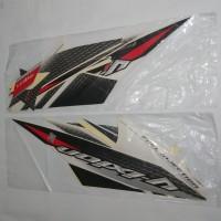 Stiker Bodi & Lis Body & Striping Vixion 2013 Putih Merah