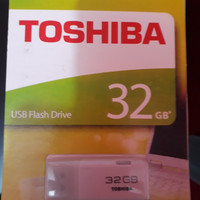 USB 32 GB TOSHIBA