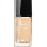 Chanel foundation - VITALUMIERE SATIN FLUID MAKEUP SPF 15 - 40 BEIGE