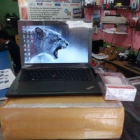 Laptop lenovo x240 Thinkpad i5 Ram 8 gb Gaming Secon Berkualitas