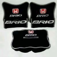 baru Honda Brio Bantal aksesoris mobil