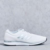 SEPATU RUNNING/LARI ORIGINAL adidas mana bounce 2 m aramis white