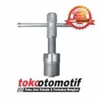 Kunci Treker Magnet / Magnet Puller VESPA VP P150 X WIPRO