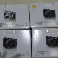 Harga nikon 1 j5 kit 10 30mm resmi promo   Pembandingharga.com