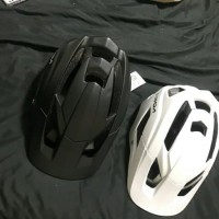 SPESIAL HELM SEPEDA MTB ENDURO TRAIL ALL MOUNTAIN MODEL FOX METAH