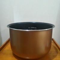 Panci teflon mc YONG MA, Inner pot gold
