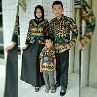 Baju batik  sarimbit  couple  kemeja batik,mama, papa & 1 anak