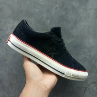 Sepatu Sneakers / Undefeated x Converse One Star Black / Premium