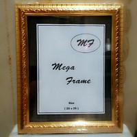 Bingkai (Frame) Foto Gold 10R 20x25