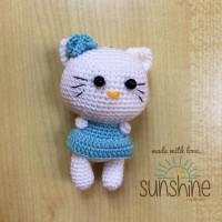 Gantungan kunci / tas Hello Kitty Sanrio Amigurumi / Boneka Rajut