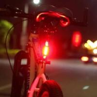 ... Lampu LED Untuk Sepeda Di Malam Hari SWELGO