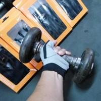 Nike Gym Fitness Gloves Sarung Tangan Men Women Bnib