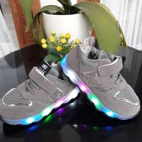 Sepatu LED anak / Led Silver Lining Shoes No 21-30 - Black/Grey/Pink