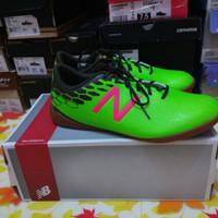 Sepatu Futsal New Balance MSVRCIEM