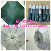 Payung Lipat 3 Hijau Tua Polos dalam Silver