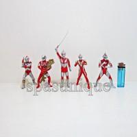Figure Ultraman isi 5 Pedang
