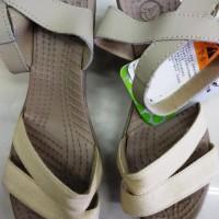 TERBARU Sepatu Sandal CROCS LEIGH WEDGE / WEDGES