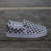 Sepatu Vans Slip On Ladies size 36-40