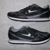 sepatu running/olahraga/joging/jogging/lari original eagle ,hitam