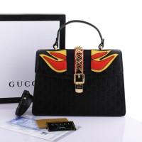 d7695761283d Tas Gucci Sylvie Emboss Signature GG Medium HITAM Semprem Box G493