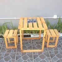 Set Meja dan 2 Kursi Pendek untuk Cafe Warkop Resto di Surabaya