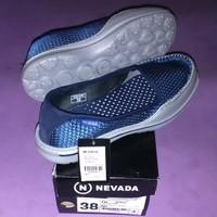 Sepatu wanita nevada slip on kets/sepatu olahraga