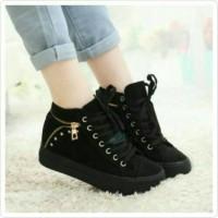 Sepatu Wanita Boots Sneaker Kets Hitam Polos Model Tali Su Berkualitas