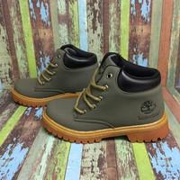 Sepatu boots anak Timberland kulit asli