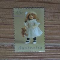 Perangko Australia Little Girl and Her Doll Langka Antik 45 cent Kuno
