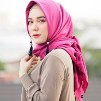 Hijab Instan Anting Tassel/Tazzela simple mosscrepe Kerudung Pesta