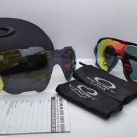 Kacamata sepeda Oakley Jaw Breaker hitam list merah 3 lensa