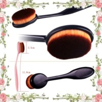 OVAL FOUNDATION FACE BRUSH ( make up brush )