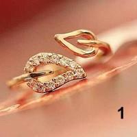 Cincin Wanita Adjustable Ujung Terbuka Bentuk Daun dengan Berlian