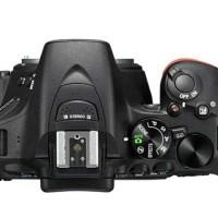 Nikon D5500 Kit 18-55mm VR Kamera DSLR - Black