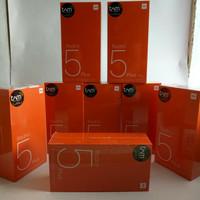 Hp Xiaomi Redmi 5 Plus Ram 4 GB Rom 64 GB Garansi Tam