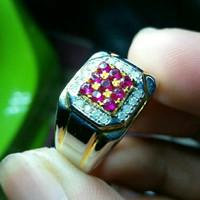 Cincin merah ruby cantik bertaburkan berlian di jual murah