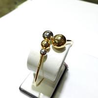 Gelang bulat emas kuning 70% berat 6.35 gram diameter 5.7cm kombinasi