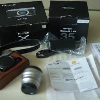 Jual kamera Fujifilm XE2 Lensa Fujinon F2 35mm