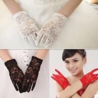 sarung tangan pesta atau pengantin putih bahan renda gambar bunga