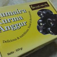 Humaira kurma Anggur