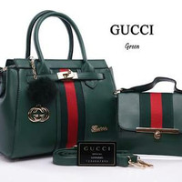Tas wanita merk Gucci (kw super)