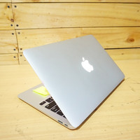 Macbook Air 11 i5-4250U 1.3GHz MD711 Early 2013 bkn Pro Retina CTO