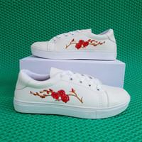Sepatu Kets Casual Bordir Bunga - DK48 - Red
