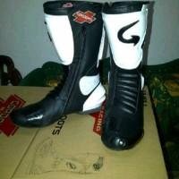 sepatu balap road race gordon hitam putih Limited