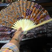 Kipas Tangan Motif Batik Ukuran Sedang-Souvenir Jogja-Murah.