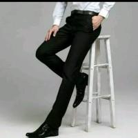 Celana Pria Kerja Kantor Formal Bahan Kain Gabardin Slim Fit - Hitam