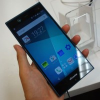 Hp handphone terbaru murah fujitsu arrows nx f 02h docomo ponsel smart