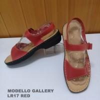 Peaberry/Modello Sandal Let Wanita Kulit
