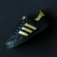 DISKON Sepatu Adidas Superstar Full Black Hitam Gold Sneakers Casual